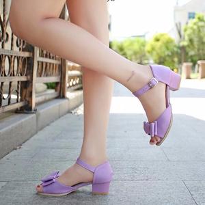 Trẻ em mùa hè mở ngón chân công chúa giày trong con lớn cá miệng cao gót cô gái Hàn Quốc giày cô gái dép 2018 mới