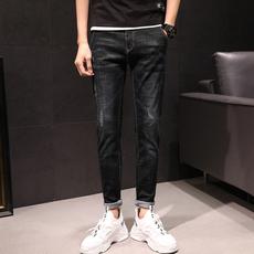 2019新款牛仔裤男修身小脚弹力男士春秋款黑色裤子男韩版潮流
