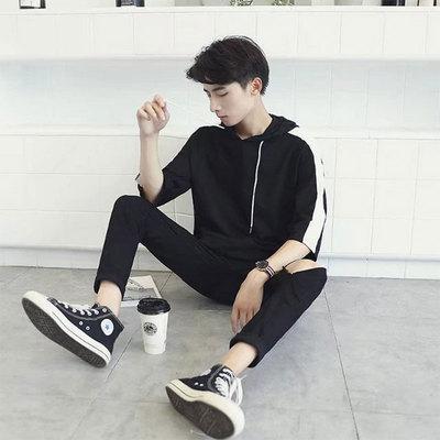 Áo len nam đội mũ trùm đầu ngắn tay T-Shirt nam Hàn Quốc phiên bản của xu hướng 7 bảy tay áo sinh viên thể thao loose đẹp trai của nam giới quần áo Áo len