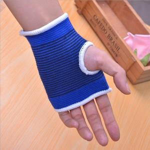 Thể thao dây đeo cổ tay thiết bị tập thể dục thoáng khí lòng bàn tay cưỡi con lăn trượt băng barbell quả tạ đồ bảo hộ tạ găng tay