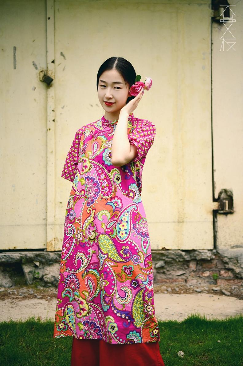 Không có cây nho không liên kết [Fucai] cải thiện cheongsam Trung Quốc bông retro đầm raglan tay áo tấm cổ áo khóa Xia Xin