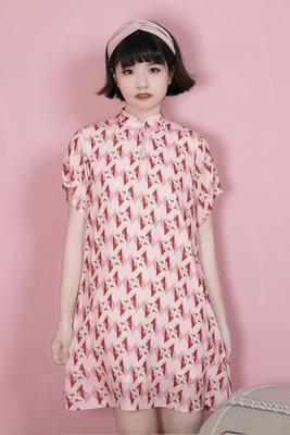 Hành lá cắt gốc tự chế cô gái hồng sửa đổi món ăn khóa sườn xám phong cách Trung Quốc ngắn tay áo ăn mặc phong cách Trung Quốc