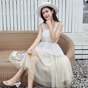 实拍2018夏季新款韩版棉麻刺绣吊带上衣加网纱A字裙套装