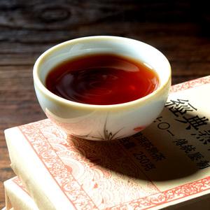 2008年经典熟砖云南普洱茶熟茶