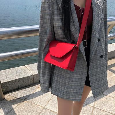 女士包包新款夏天复古小方包ins超火包 斜跨宽肩带chic包包女