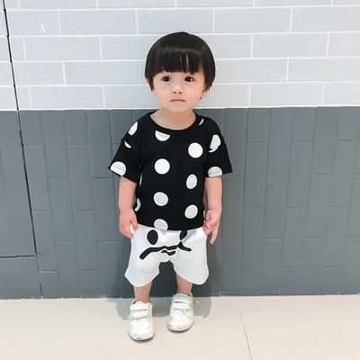 女婴儿连体衣服秋春装宝宝男新生儿0外套装3网红6个月1岁外出抱衣