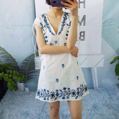 R10 V-cổ thêu ăn mặc của phụ nữ vai tay áo lỏng lẻo hoang dã Hàn Quốc bông ren mùa hè váy váy đầm