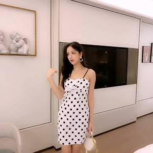 控價+10上架 實拍2019夏季新款蝴蝶結波點吊帶連衣裙