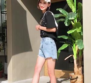 实拍有视频2019夏新款韩版高腰短款牛仔裤毛边不规则阔腿裤