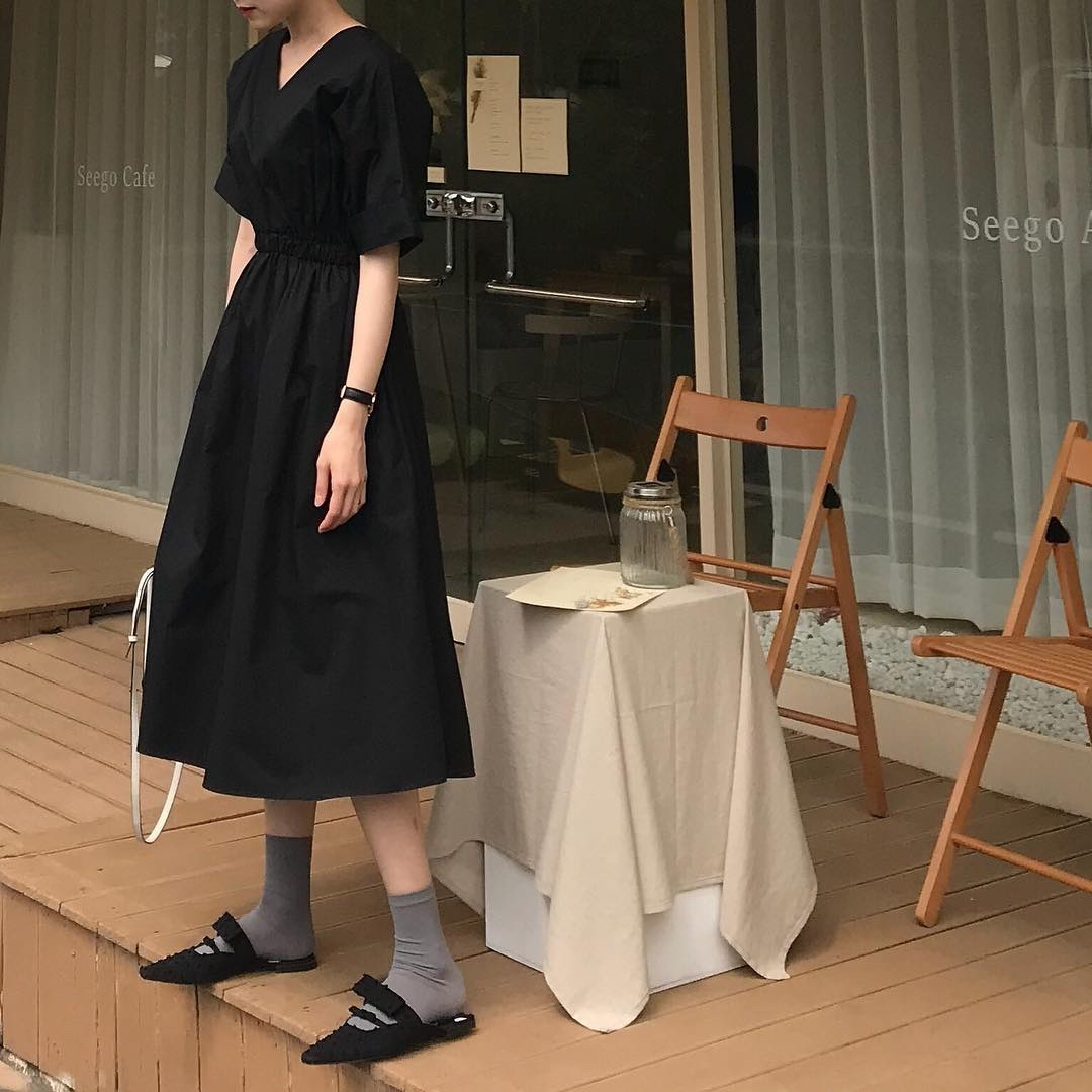 [BP] Hàn Quốc INS Tối Sở Tối Giản Retro Hepburn Gió Eo Mỏng V-Cổ Dress OPS