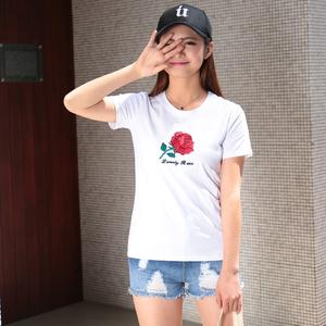 短袖T恤女夏2017韩版修身显瘦刺绣玫瑰花圆领简约学生打底衫 秋装
