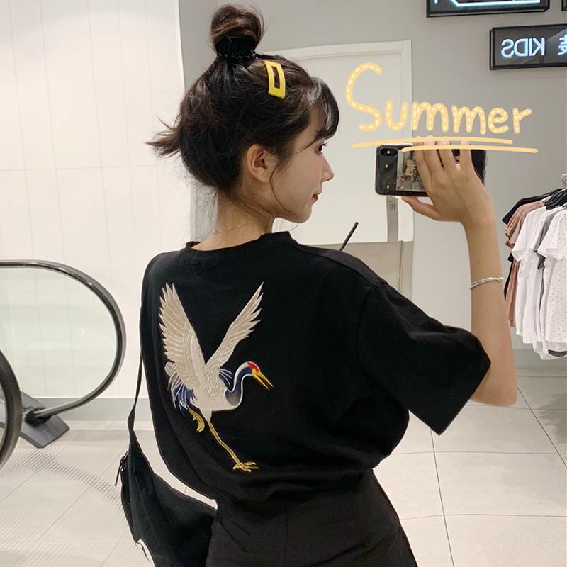 网红ins洋气上衣夏装新款仙鹤刺绣宽松黑色短袖T恤女学生