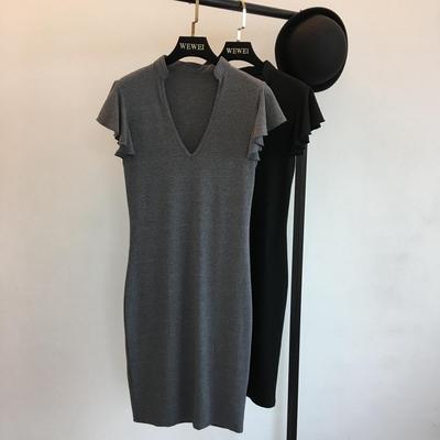 2018 mùa hè sản phẩm mới Châu Âu và Hoa Kỳ ins sexy xem nấm tay áo V cổ áo Slim là mỏng dài ăn mặc Sản phẩm HOT