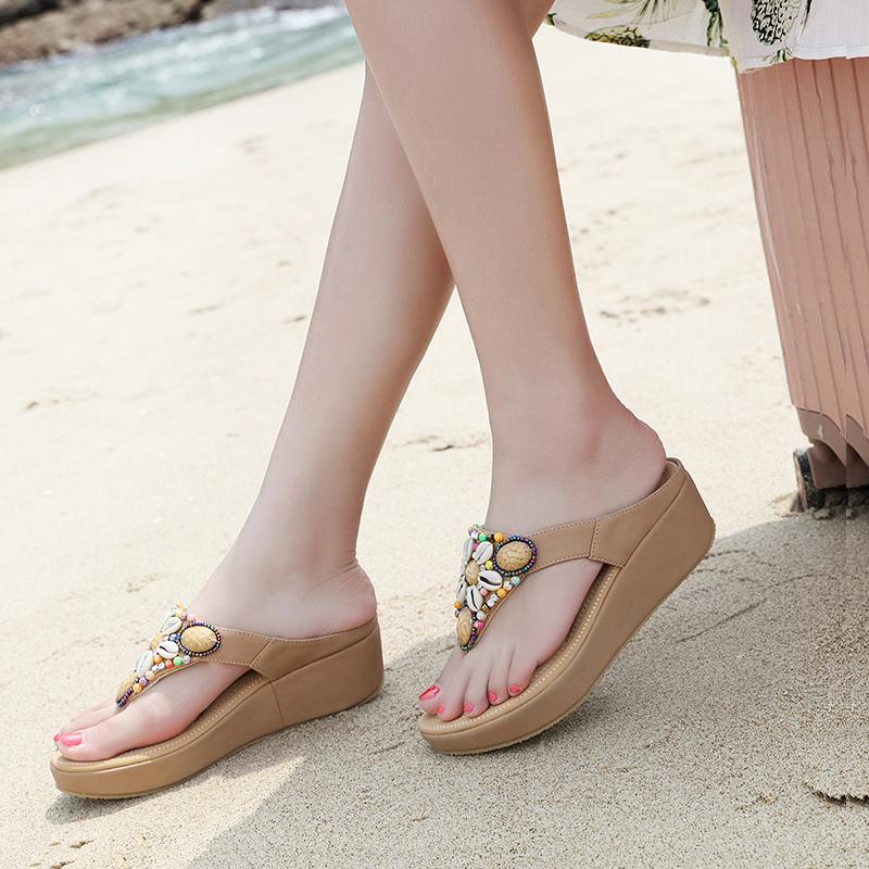 Giày cao gót đế dày màu đỏ và dép lê nữ mang clip thời trang ngón chân mùa hè thủy triều 2020 mới nêm gót - Dép