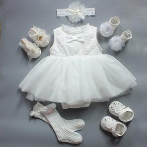 Bé hộp quà tặng mùa xuân và mùa hè ren công chúa váy sơ sinh quà tặng bông nữ bé ăn mặc spree trăng tròn quà tặng