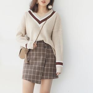 2017 mùa thu và mùa đông mới thẳng V-Cổ Han Fan bộ đầu len đan tops trường màu gió hoang dã dài tay áo len