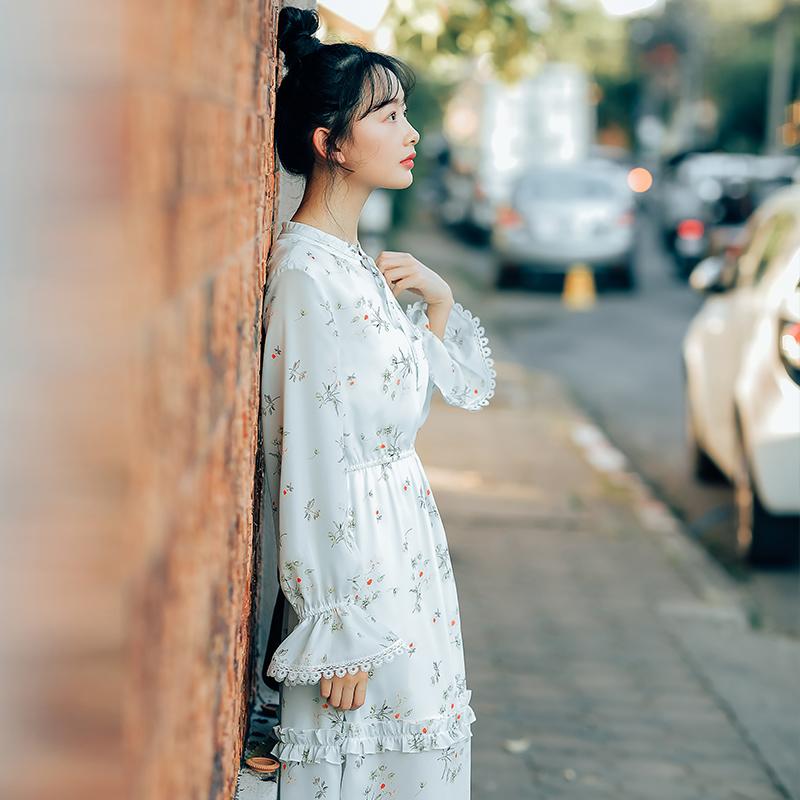 【8402#不低于98】喇叭袖碎花长袖连衣裙 2019春款现货