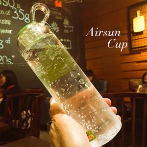 Trong suốt không gian tối giản cup creative Hàn Quốc chai nước sinh viên leakproof chống rơi thể thao xách tay nồi chanh tay cup