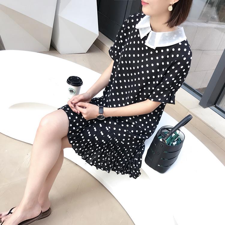 Hàn Quốc đơn đặt hàng 2018 mùa hè mới polo cổ áo màu đen và trắng điểm sóng tuổi- giảm váy xếp li váy exq263