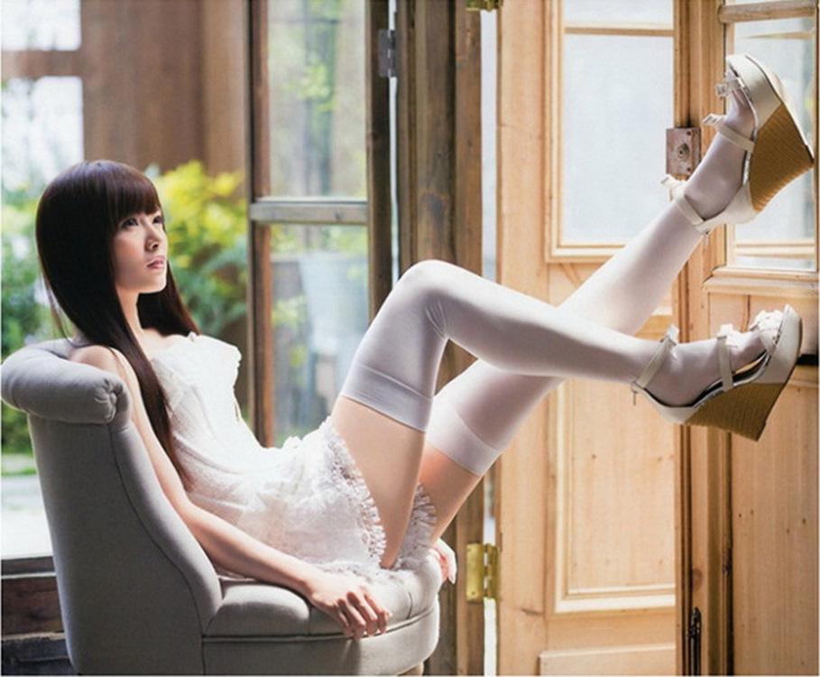 Nhật bản thứ hai nhân dân tệ nữ nhung chống lăn chống hemping sinh viên trên đầu gối vớ vớ cao vớ chân mỏng vớ