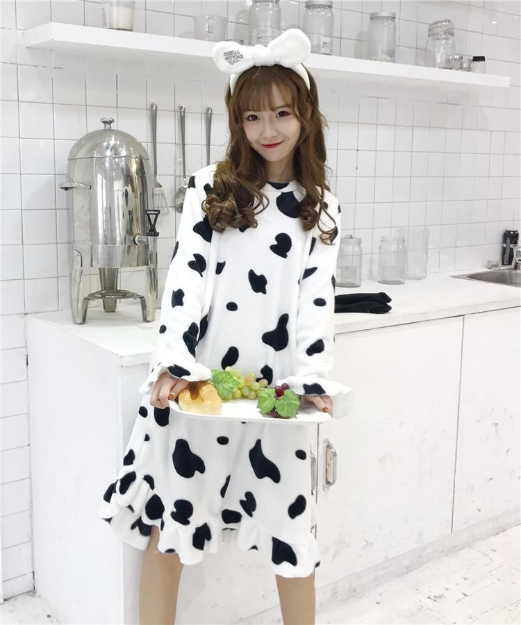 实拍实价6689b#甜美可爱奶牛加厚保暖法兰绒清新学生睡裙+保暖袜