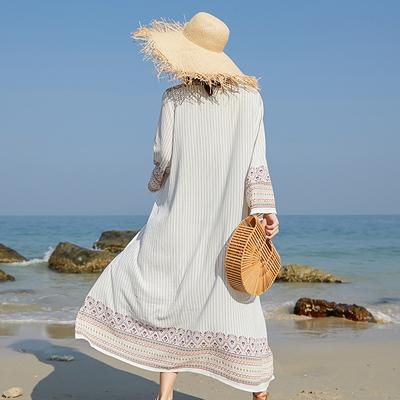 海边度假沙滩防晒衣女中长款披肩外搭夏季花条纹薄款宽松显瘦开衫