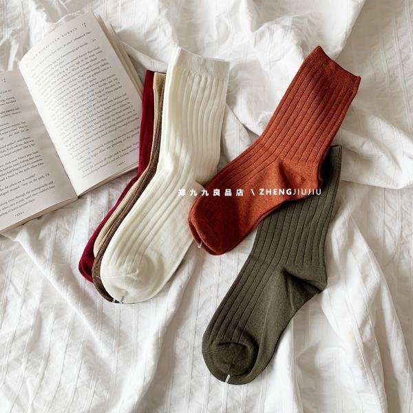 Vớ Jiujiu màu rắn vớ nữ vớ vớ cotton mùa thu và mùa đông mới Nhật Bản vớ thông thường cơ bản trong vớ ống - Bít tất nữ