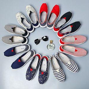 2018 mùa xuân mùa hè thể thao và giải trí du lịch mềm thoáng khí dưới trọng lượng nhẹ thoải mái giày vải rocking giày giày của phụ nữ