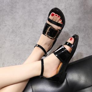 夏色皮带扣平跟一字扣带露趾鱼嘴罗马鞋方扣平底凉鞋女真皮848