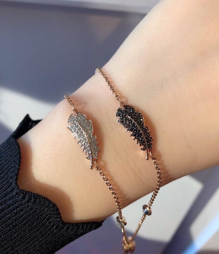 Swarovski 施华洛世奇 19年新款 轻盈羽毛隐形磁扣手链 5495340 ¥393