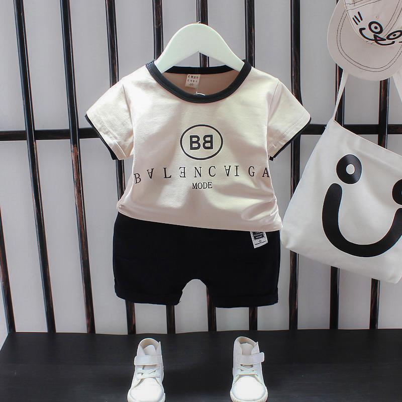 Bộ đồ bé trai mùa hè 2019 mới đẹp trai Quần áo trẻ em kiểu tây cho bé trai mùa hè thời trang tay áo ngắn hai dây - Phù hợp với trẻ em