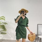 Trung bình dài bất thường eo tie polka dot dress nữ đèn lồng tay áo ve áo slim slimming shirt Một từ váy