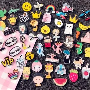 Đầy đủ 9,9 nhân dân tệ vận chuyển Nhật Bản Harajuku phong cách acrylic phim hoạt hình trâm huy hiệu dễ thương pin trâm huy hiệu