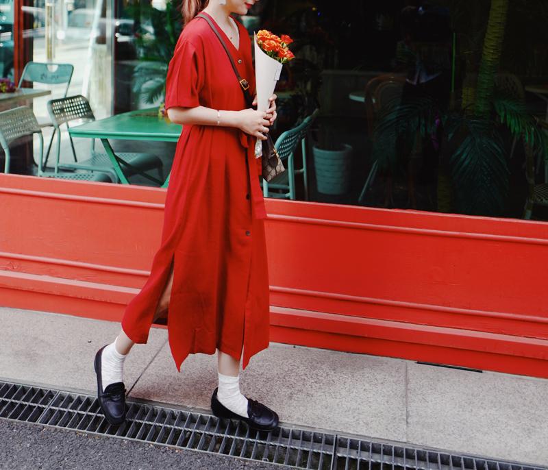 Wei những gì thực sựwhy Pháp retro v cổ áo nhỏ chia kem kem bạc hà màu đỏ eo đầm