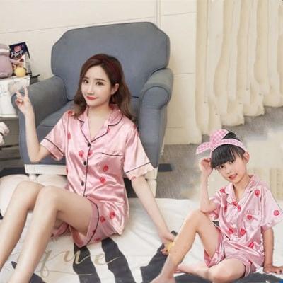 Mùa hè sản phẩm mới lỏng cha mẹ và con mẹ và con gái mẹ áo sơ mi áo sơ mi nữ kích thước lớn băng lụa ve áo đồ ngủ dịch vụ nhà