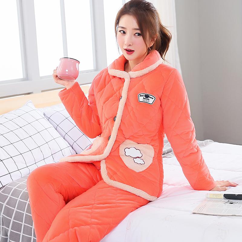 Áo len nhung một mảnh màu xanh Hàn Quốc ấm áp cộng với áo ngủ nhung nhung san hô mùa đông Đồ ngủ mùa đông Pháp phụ nữ ba tầng - Pyjama