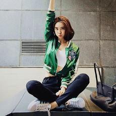 明星同款刺绣绿色棒球服女短外套学院风韩版修身夹克上衣2551#