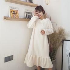 (实拍)法兰绒剪花家居韩版可爱毛绒绒加厚荷叶边长袖睡裙
