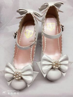 taobao agent Japanese baby chrysanthemum shoes pearl flower knot bow princess mid-heel Lolita shoes Lolita shoes