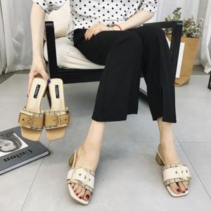2018新款粗跟拖鞋女夏外穿韓版中跟女鞋格子布時尚皮帶扣復古涼拖