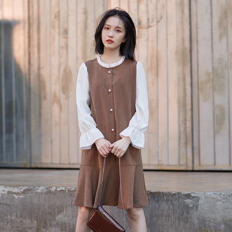 802#上架不低于76元 春秋韩式学院风花边领假两件宽松钉珠连衣裙