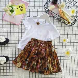 Phù hợp với trẻ em 2018 mùa hè mới cô gái Hàn Quốc bé quây màu rắn T-shirt + voan váy hai mảnh phù hợp với
