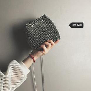 【网红小包】2019新款透质感水桶包