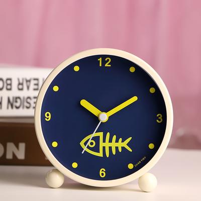 生日送同学日韩艺术可爱金属闹钟创意静音夜灯时尚数字学生床头闹钟卧室装饰真诚