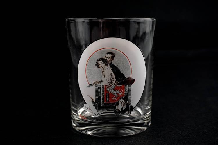 Thứ bảy đêm bài bìa kỷ niệm cup creative home trang trí bộ sưu tập Phương Tây antique Châu Âu gói sản phẩm mới
