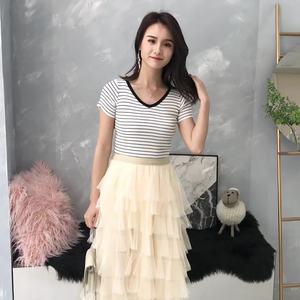 韩版2019紧身条纹修身短袖曲珠