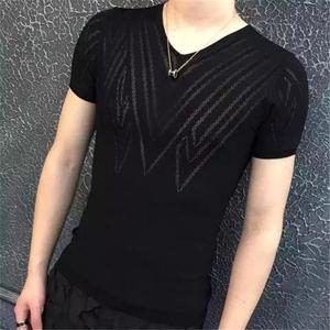 Dàn rỗng V-Cổ ngắn tay áo len thanh niên cá tính thời trang mùa hè thoáng khí kích thước lớn băng lụa t-shirt nam phần mỏng