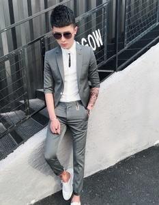 Mùa hè tay áo nhỏ phù hợp với nam giới áo khoác Hàn Quốc phiên bản của Slim đẹp trai thiết lập của nhà tạo mẫu tóc bảy điểm tay áo phù hợp với phù hợp với phần mỏng
